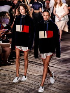New York Fashion Week:  See now, buy now bei Tommy Hilfiger.