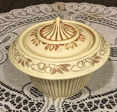 Weller Pottery Ivory Clinton Trinket Box with Lid or Mini Jardineire | eBay