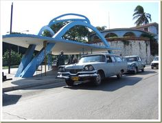 Interesting Bus-Stops around the World  Bus stop in Havana