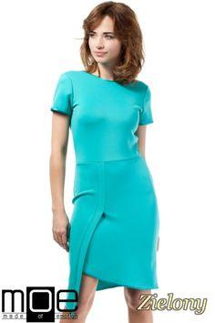 Taliowana sukienka z asymetryczną zakładką marki MOE.  #cudmoda #moda #ubrania #odzież #sukienki #dresses #kleid #kleidung