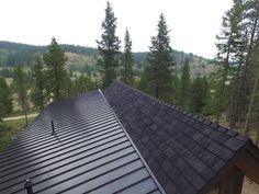 Photos Faux Cedar Shake Roof   Top Rated Synthetic Composite CeDUR Roofing Shakes Wood Roof Shingles, Cedar Shake Shingles, Cedar Shakes, Concrete Tiles, Clay Tiles, Cool Roof, Roof Top, Metal Roof, House In The Woods