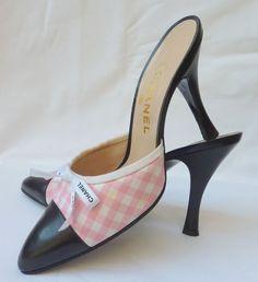 Pink vichy ! 95' Chanel collection ▓█▓▒░▒▓█▓▒░▒▓█▓▒░▒▓█▓ Gᴀʙʏ﹣Fᴇ́ᴇʀɪᴇ ﹕☞ http://www.alittlemarket.com/boutique/gaby_feerie-132444.html ══════════════════════ ♥ #bijouxcreatrice ☞ https://fr.pinterest.com/JeanfbJf/P00-les-bijoux-en-tableau/ ▓█▓▒░▒▓█▓▒░▒▓█▓▒░▒▓█▓