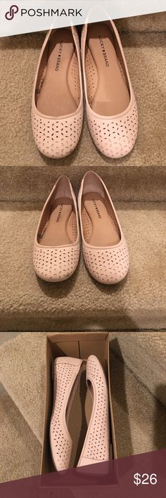 Lucky Brand Flats Almost New pale pink flats, good condition Lucky Brand Shoes Flats & Loafers