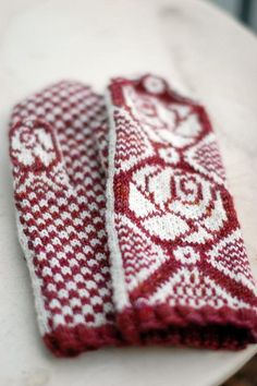 Mittens White Roses | Flickr - Photo Sharing!