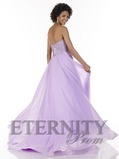 Have impeccable style sense in a fashionable gown from Tiffany The strapless sweetheart bodice is animated with texture and embellishments. Lilac Prom Dresses, Best Prom Dresses, Sweet 16 Dresses, Formal Dresses, Lilac Color, Designer Dresses, Ball Gowns, Evening Dresses, Womens Fashion