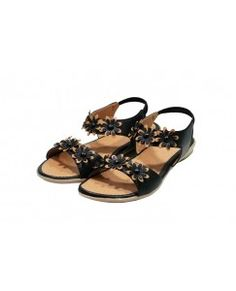 e2b2ee51919d 12 best  Sandals   Women  images on Pinterest