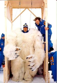 "Behind the scenes of ""The Empire Strikes Back"" - inside the Wampa suit"