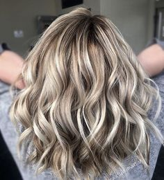 "908 Likes, 8 Comments - Mane Interest (@maneinterest) on Instagram: ""Beige and Blonde. Color by @realbeautyby_marrah #hair #hairenvy #hairstyles #haircolor #blonde…"""