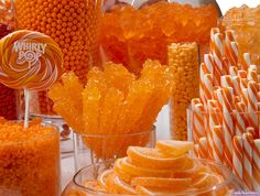 Orange Candy Buffet Kit: 25 to 50 Guests Orange Party, Orange Wedding, Red Party, Orange Candy Buffet, Rainbow Candy Buffet, Orange Dessert, Candy Display, Display Ideas, Fiestas