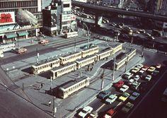 渋谷駅東口の都電ターミナル (昭和41年)