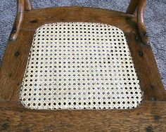 Free online instructions for caning a chair Cane Furniture, Furniture Repair, Painted Furniture, Upholstery Fabric For Chairs, Fabric Dining Chairs, Kane Chairs, Refurbished Chairs, Chair Repair, Cane Back Chairs