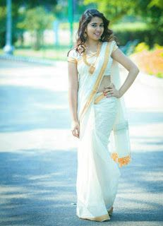 Indian Beauties in Saree- Best Hottest Gallery Online! Onam Saree, Kerala Saree, Beautiful Saree, Beautiful Indian Actress, Beautiful Actresses, Beauty Full Girl, Beauty Women, Set Saree, White Saree