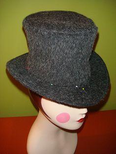 DIY Top Hat.  For Blake's huge head?