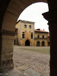 Torre de Barreda  Santillana de Mar  Cantabria  Spain