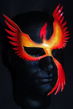 Leather Phoenix Mask by TheMotleyMasquerade on Etsy Carnival Booths, Diy Carnival, Carnival Masks, Carnival Costumes, Carnival Dress, Carnival Food, Carnival Makeup, Phoenix Costume, Ceramic Mask