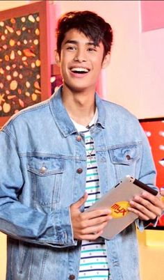 Donny Pangilinan, Speaker Plans, Best Boyfriend, Pinoy, Cute Boys, Compliments, Crushes, Babe, Smile