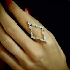 """Meta Diamond Frame"" 18K Gold Diamond Ring - Plukka - Shop Fine Jewelry Online"