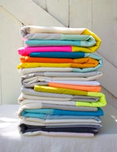 http://www.purlbee.com/2014/08/16/super-easy-sewn-blanket-for-beginners/