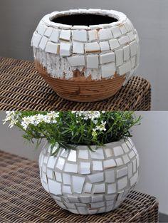 DIY: Mosaik-Gefäß aus Porzellanscherben (Goldrandteller)