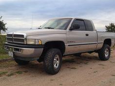 $8,900.00 - 1999 Dodge Ram 1500