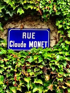 Street sign in Giverny, France