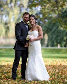 I helgen hann jag med två bröllop! Ett i Linköping och ett i Norrköping. Denna bild är tagen vid Bråvalla där jag träffade det supertrevliga och vackra paret @helenuus och Mikael Ramberg. #bråvalla #norrköping #meranorrk #bröllop #bröllop2017 #bröllop2018 #höstbröllop #bröllopsfotograf #bröllopsfoto #bröllopsinspo #bröllopshår #wedding #weddingdress #weddinginspo #fotografnorrköping #fotograf #love #kärlek