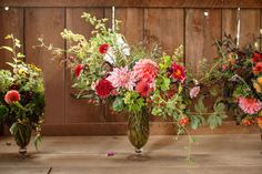 Finish with a few dainty touches of tiny pods, delicate grasses, or miniature flowers in your bouquets.