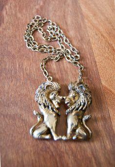 Vintage 1970s Gold Lion Necklace   DEJAVINTAGE on Etsy