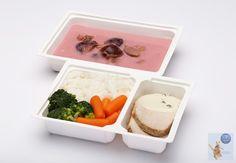 Jövő heti melegben kellemes ebéd!  Fahéjas szilvaleves (V), Konfitált sertéskaraj zöldbors mártással, párolt rizs, bébirépa, brokkoli