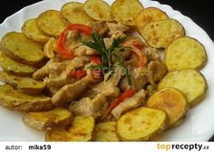 Vepřové nudličky s bramborovými dukátky recept - TopRecepty.cz Treats, Chicken, Food, Sweet Like Candy, Goodies, Essen, Meals, Sweets, Eten