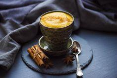 Turmeric Coffee Recipe - Burn Fat Throughout The Day! - My Natural Tips Turmeric Coffee Recipe, Healthy Drinks, Healthy Recipes, Healthy Food, Fat Burning Diet, Diet Plan Menu, Coffee Creamer, Eat Smart, Weight Loss Drinks
