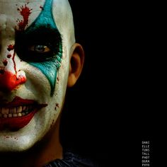 20+ Cool and Scary Halloween Face Painting Ideas | EntertainmentMesh