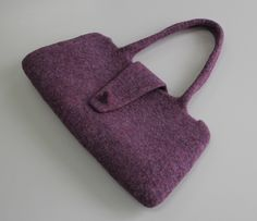 Stylish and with connotation. Solid rolled (wet felted) bags from 100% wool. Handmade in Kyrgyzstan. Tumar Art Group.