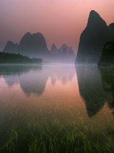 Streaming into Fairyland : Li River, China : Michael Anderson Landscape & Travel Photography Gallery.