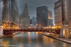 Chicago Canal by Alan Lawrence, via 500px