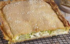 Μπουρέκι χανιώτικο Greek Pita, The Kitchen Food Network, Cheese Pies, Greek Cooking, Appetisers, Greek Recipes, Food For Thought, Food Network Recipes, Tart