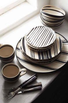 "ralphlauren: "" "" The Left Bank Collection Ralph Lauren Home "" Wythe Dinnerware Hand painted earthenware from Ralph Lauren Home Explore Now "" Ceramic Plates, Ceramic Pottery, Pottery Barn, Ceramic Painting, Ceramic Art, Dinner Sets, Earthenware, Stoneware, Home Collections"