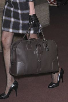 Loewe F10 bag