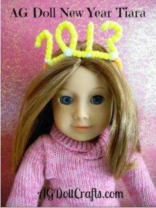 Make a New Year Tiara for your Doll via AGDollCrafts.com #AmericanGirlDolls