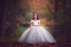 Photo done by: Meg Bitton Photography Fantasy Photography, Children Photography, Photography Poses, Kid Poses, Children Poses, Girls Dresses, Flower Girl Dresses, Toddler Photos, Lovely Smile