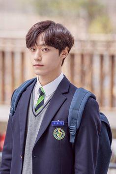Korean Picture, Conan Gray Aesthetic, Lee Hyun Woo, Handsome Korean Actors, Korea Boy, Lee Soo, Korean People, Hey Man, Kdrama Actors