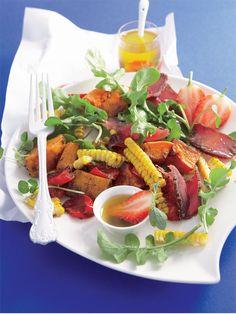 butternut and biltong salad with strawberry Vinaigrette It's fun, fresh and bursting with flavour!It's fun, fresh and bursting with flavour! South African Dishes, South African Recipes, Ethnic Recipes, Cooking Recipes, Healthy Recipes, Cooking Ideas, Healthy Food, Food Ideas, Healthy Eating