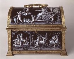 Casket with the Triumph of Diana,    Limoges, France, about 1550, Pierre Reymond (about 1513–after 1584), Grisaille enamel on copper and gilded metal.   Taft Museum
