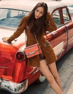 f(x) Krystal Harper's Bazaar 2017 Krystal Fx, Jessica & Krystal, Jessica Jung, Kpop Girl Groups, Kpop Girls, Krystal Jung Fashion, Girl Crushes, Ulzzang Girl, South Korean Girls
