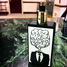 #whichecigarette Check out our reviews on http://www.whichecigarette.com/review-cats/premium-ecigarettes/  Cool box mod