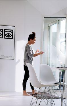 Via Wonderdeco | Olle Eksell Poster | Eames Dsr Chair | White