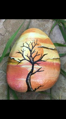 Tree Pebble Painting, Love Painting, Pebble Art, Shell Painting, Stone Crafts, Rock Crafts, Painted Shells, House On The Rock, Rock And Pebbles