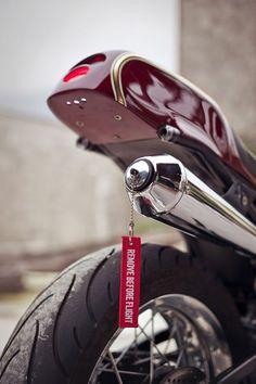 Yamaha XT600Z :: by Plan B Motorcycles