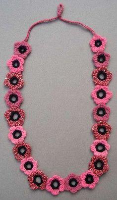 Collares y Accesorios a Crochet de Lana