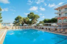 Ab in den Süden! 7 Tage im 4-Sterne Hotel auf Mallorca mit Halbpension, Flug, Zug zum Flug + Transfer ab 458 € - Urlaubsheld | Dein Urlaubsportal